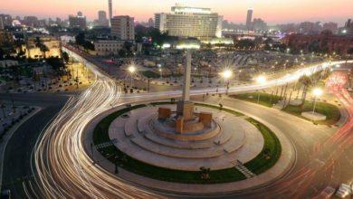 Photo of ميدان التحرير بالقاهرة يتزين بثوب جديد لكنه مثير للجدل